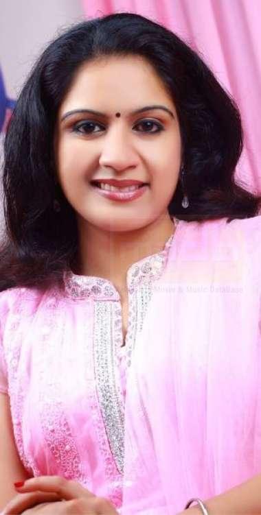 Akhila Anand-Singer