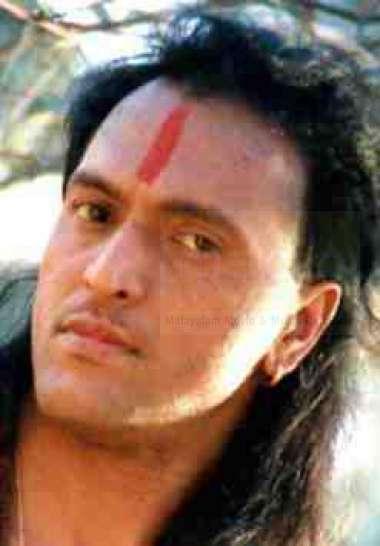 ബാബു ആന്റണി -അഭിനേതാവ്,നിർമ്മാതാവ്