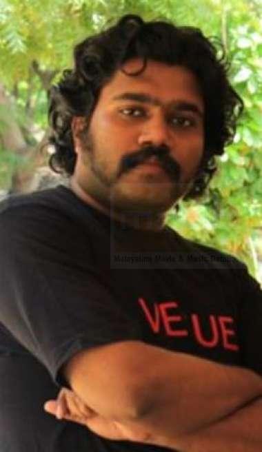 Deepu Nair-Singer