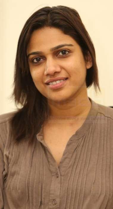 Gayatri Ashokan-Singer