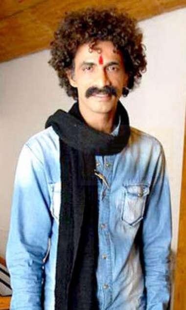 മകരന്ദ് ദേശ് പാണ്ഡെ