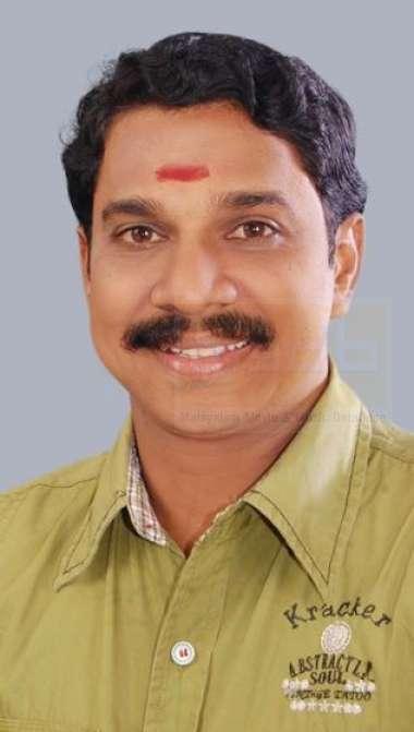 Vinod Kovoor-Actor