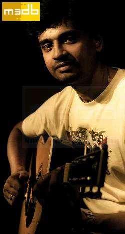 Aalaap Raju-Singer-Guitarist