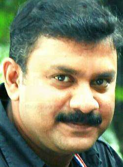Akbar Paduvingal