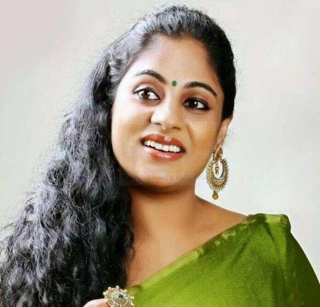 Asha Aravind-Actress
