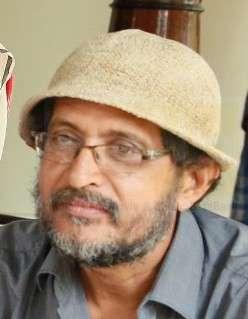 മുരളി മേനോൻ -സംവിധായകൻ