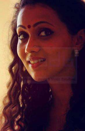 Parvathy Menon-Actress-Pic1-M3DB