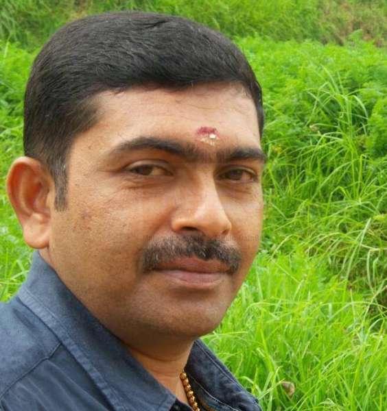 രാജീവ് പെരുമ്പാവൂർ