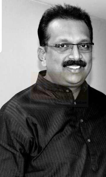 M T Pradeepkumar -lyricist