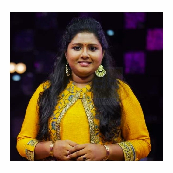 Narayani Gopan -Singer